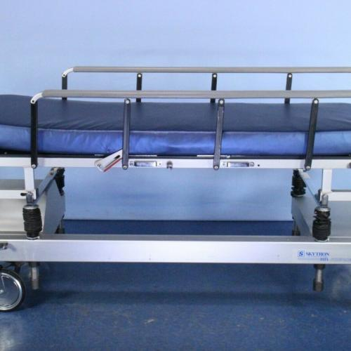 SKYTRON SB3400 STRETCHER